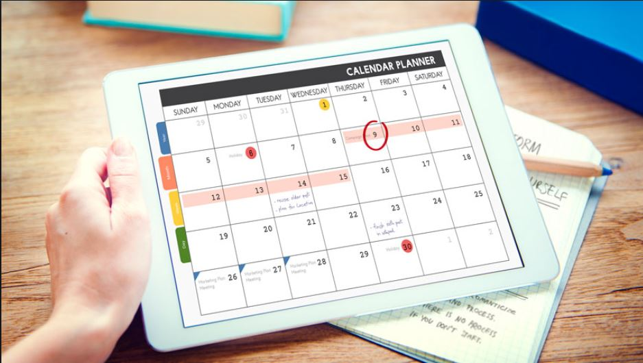 Image of Calendar for planning restaurant social media marketing