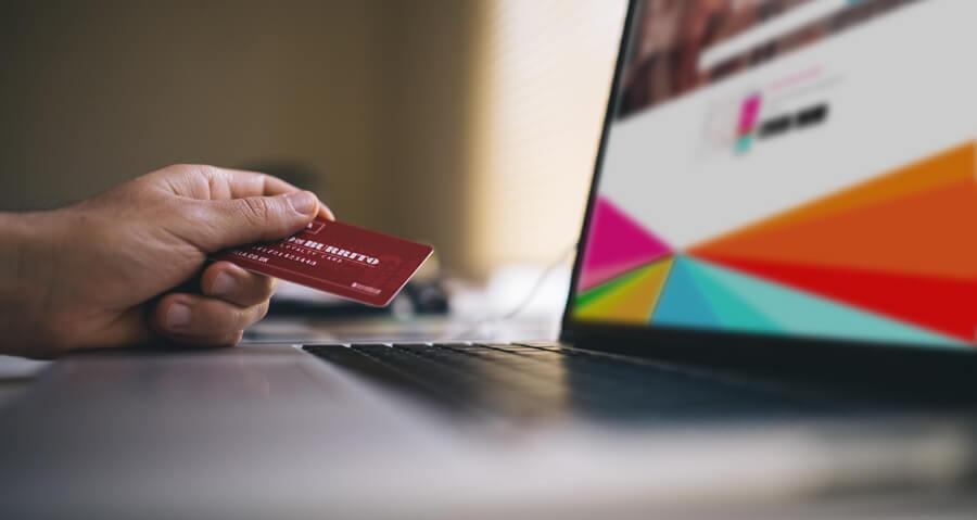 ¡5 razones por las que tu restaurante o comida para llevar deberían ofrecer servicios de entrega online!