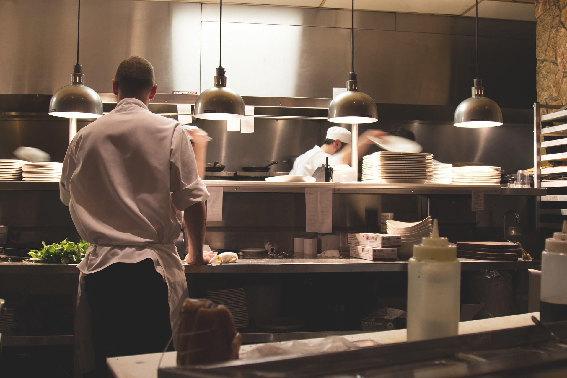 Dark Kitchens and Virtual Restaurants:The Future of the Food Industry?