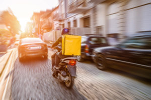 5 reasons why your restaurant or takeaway should offer an online delivery service - Delivery rider image